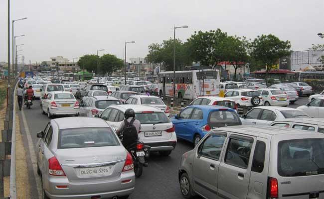 Gurgaon Municipal Body Puts Up 'Parking-Free' Banner On Malls