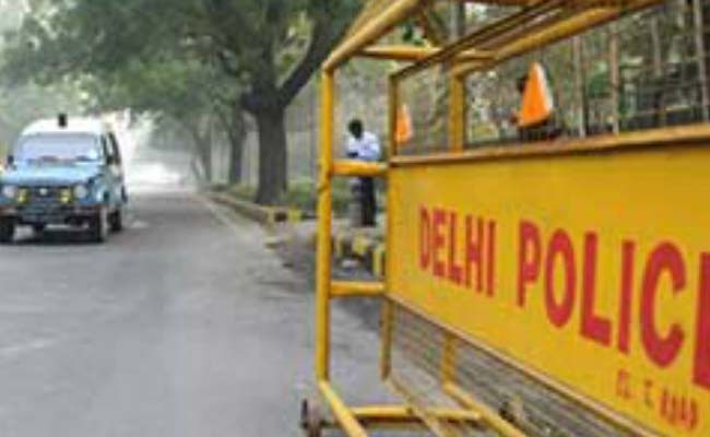 2 Children Severely Burnt In Car Fire In Delhi