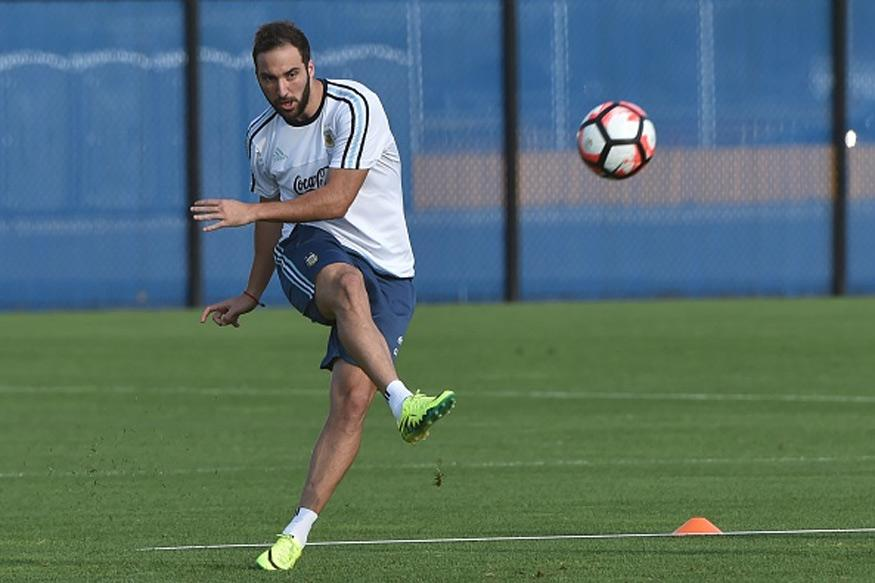Gonzalo Higuain Snubbed for Argentina World Cup Clashes