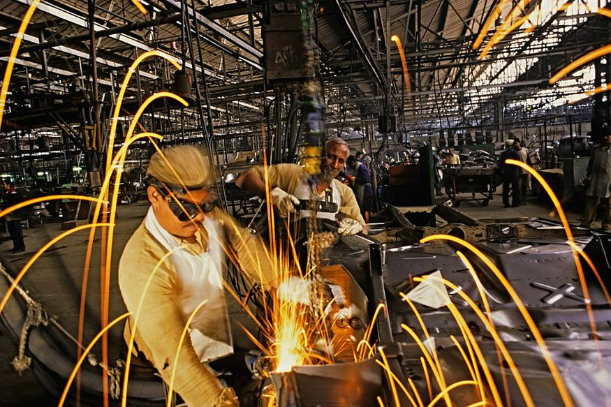 India's Industrial Output Lowers by 0.1 percent in June