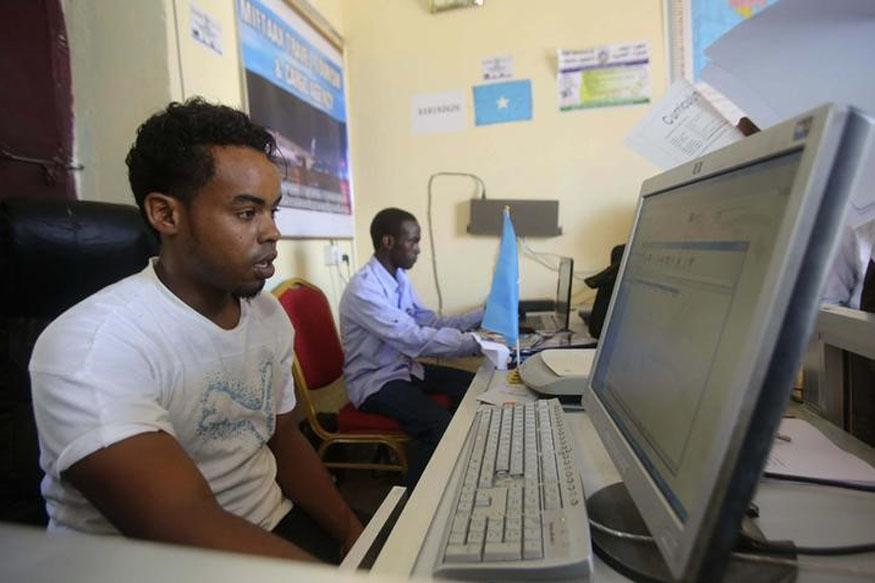 Internet Outage in Violence-Plagued Somalia, Causing Losses For Businesses