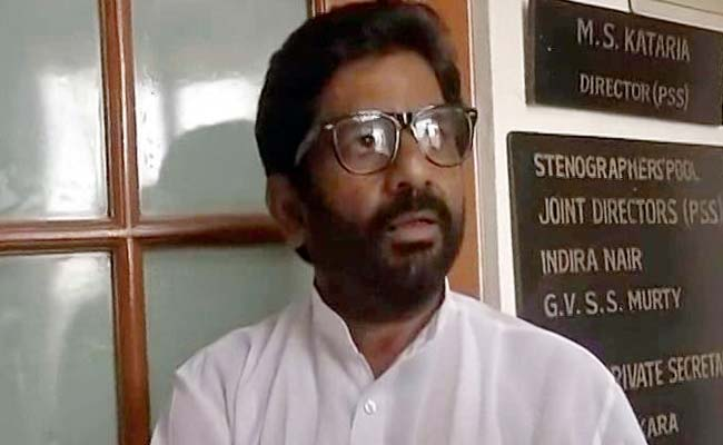 'Poor Service,' Says Sena MP. Staffer He Beat Wrote 'God Save Our Country'