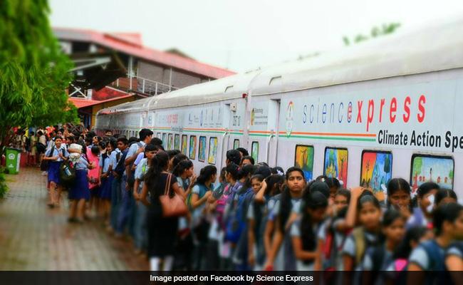 Suresh Prabhu To Inaugurate Science Express Exhibition Train Tomorrow