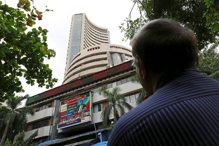 Nifty Retreats From Record, Sensex Logs a Slip Too